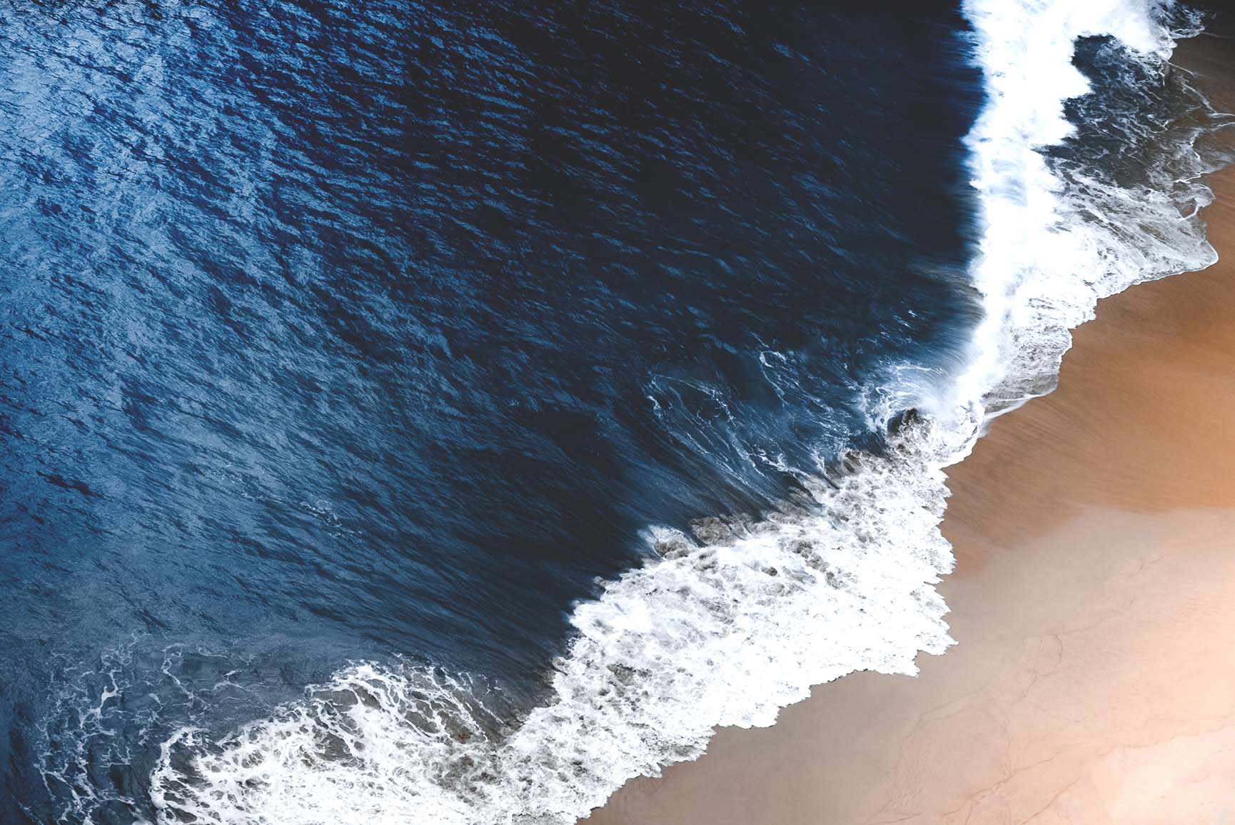 10 Refreshing Oceanic iPhone Xs Max Wallpapers
